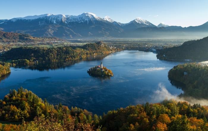slovenia in camper fiabesco lago di bled